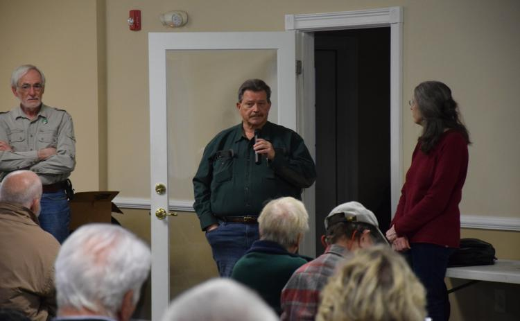 State Rep. Alan Powell speaks to a group of citizens concerned over a pair of Georgia Renewable Power plants during a public meeting Sunday in Carnesville. (Photo by Scoggins)